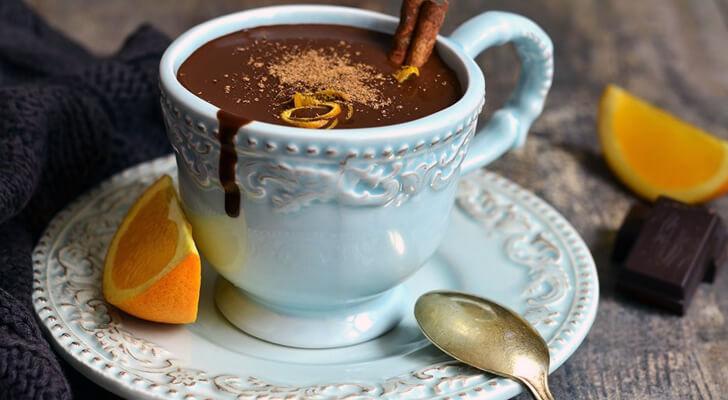 Portakallı Sıcak Çikolata Tarifi